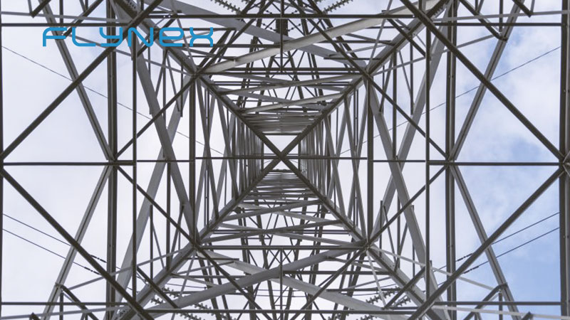 Drohne Energie Mast