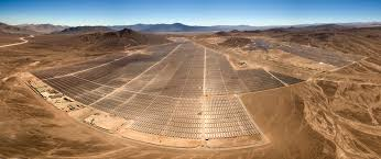 Impianto fotovoltaico con 146 MWp nel deserto di Atacama in Cile. Foto: Antonio Garcia